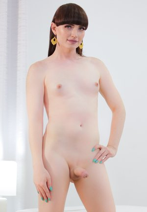 Shaved Shemale Pics