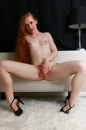 Redhead Shemale Pics